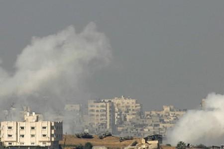 Le bombardement d'une école de l'ONU à Gaza a soulevé... (Photo: AFP)