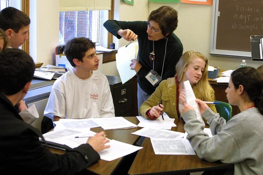 Le taux de chômage des nouveaux diplômés du secondaire... (Archives AFP)