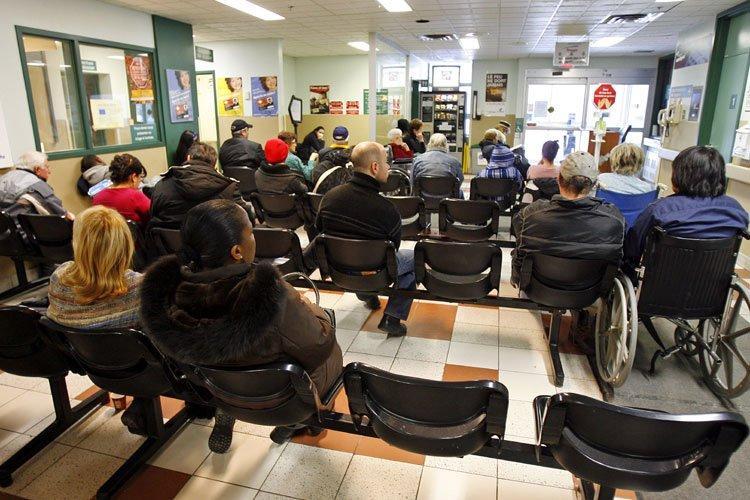 Même si les couloirs des urgences montréalaises sont... (Photo: Robert Mailloux, La Presse)