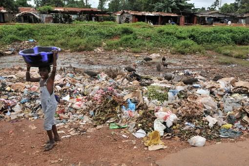 La Guinée regorge de bauxite, utilisée dans la... (Photo: AFP)