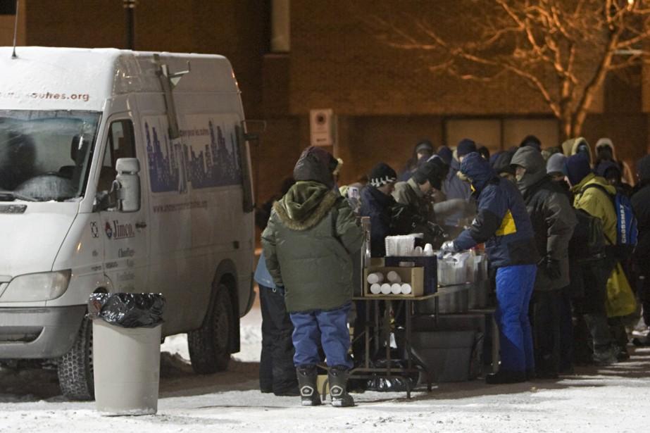 Les secours les plus indispensables aux itinérants semblent... (Photo: David Boily, La Presse)