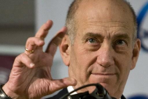 Ehud Olmert... (Photo: Reuters)