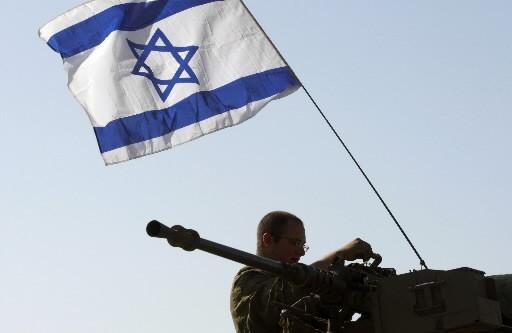 Un soldat israélien à la sortie de la... (Photo: Reuters)
