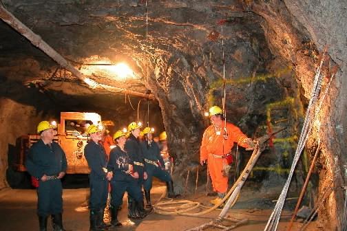 Le salaire des dirigeants de compagnies minières... (Photo: Michel Julien)