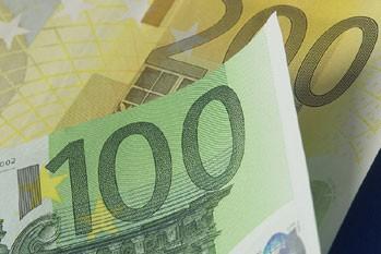 Une vaste escroquerie internationale au préjudice de grandes banques en France,...