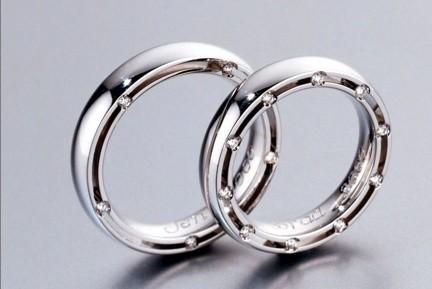 Une adolescente israélienne de 14 ans a divorcé de son petit ami âgé de 17 ans...