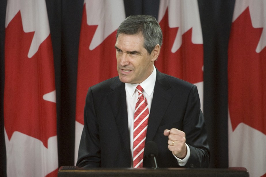 Michael Ignatieff n'a pas rejeté le budget conservateur,... (Photo La Presse Canadienne)
