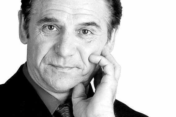 Michel Girard... (Michel Girard)