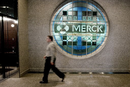Le groupe pharmaceutique américain Merck a... (Photo: Associated Press)
