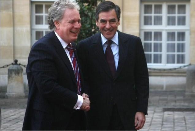 Jean Charest et François Fillon ont discuté du... (AFP)