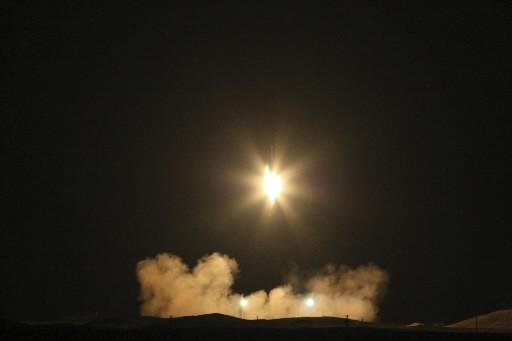 Le lancement d'Omid par une fusée Safir-2 également... (Photo: AP)
