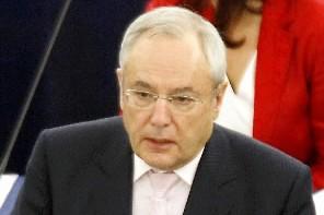Le commissaire à la Justice, Jacques Barrot... (Photo AFP)