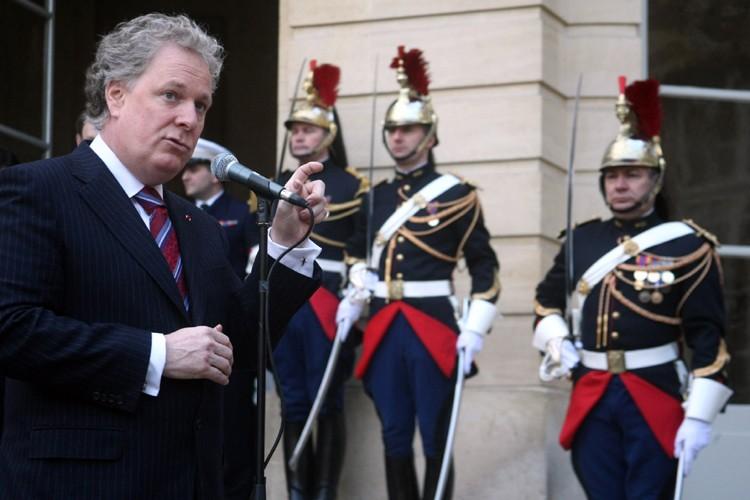 Jean Charest veut préserver de la polémique la... (Photo: AFP)