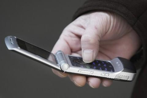 Les téléphones portables n'augmentent «probablement pas» les... (Photo: AP)