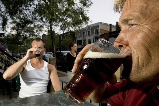 Prendre une bière, c'est bien. Mais prendre une bière qui a été fabriquée sur...