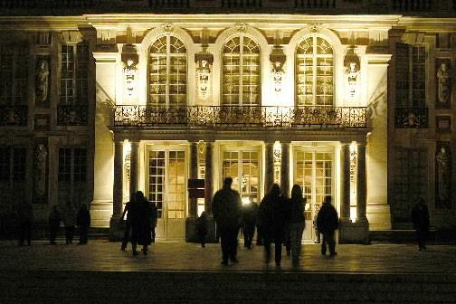 Nuit Blanche sur le château de Versailles.... (Photo: March Chaumeil)