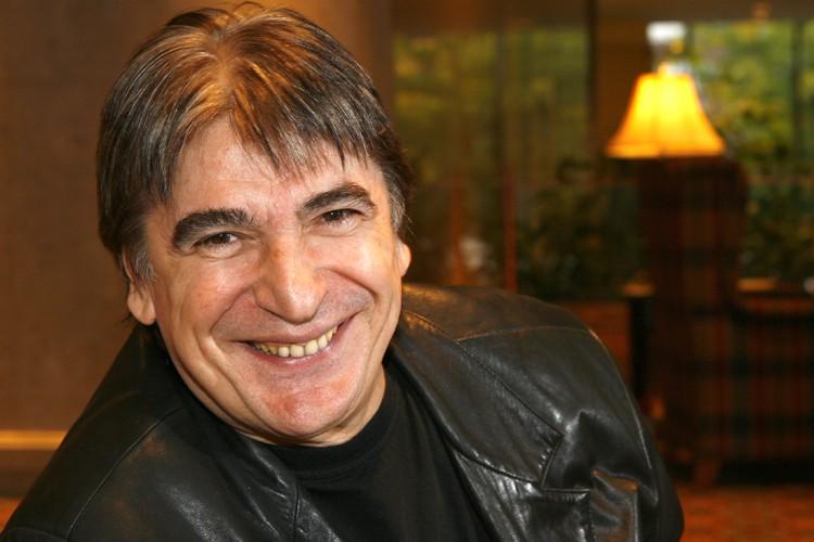 Comme le vin, Serge Lama vieillit bien, et... (Photo: Robert Mailloux, La Presse)
