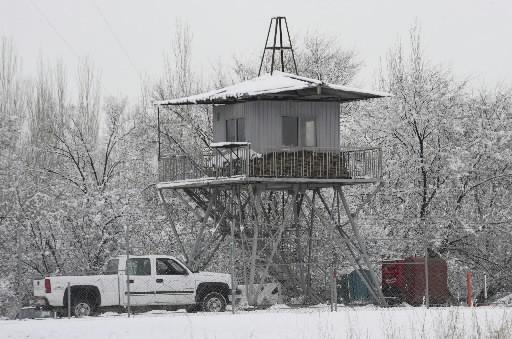 Un tour de guet à la base aérienne... (Photo: Reuters)