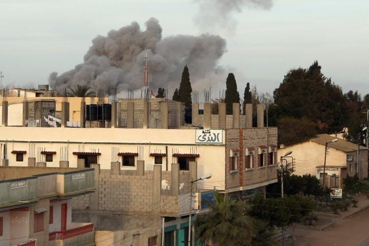 L'aviation israélienne a mené vendredi soir plusieurs attaques... (Photo: AFP)