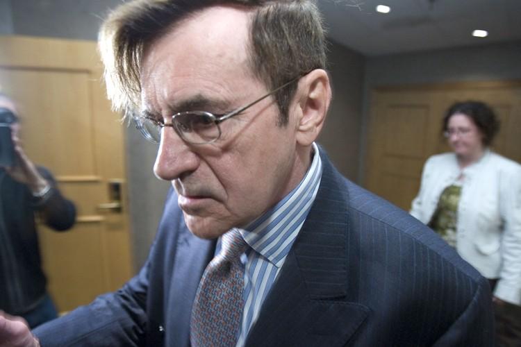 Le Dr Maurice Duquette fait face à neuf... (Photo: Alain Roberge, La Presse)