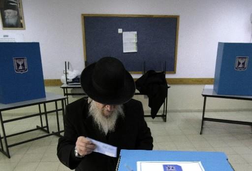 Le taux de participation aux législatives israéliennes... (Photo: Reuters)
