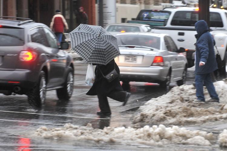 La pluie verglaçante prévue par Environnement... (Photo: archives Le Nouvelliste)