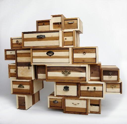 objets fly s toronto cyberpresse. Black Bedroom Furniture Sets. Home Design Ideas