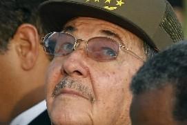 Le ministre cubain des Télécommunications Ramiro Valdes... (Photo: Reuters)