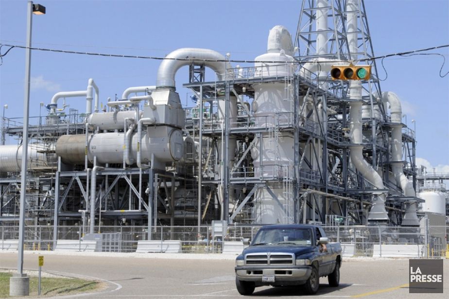 Une usine de Dow Chemical au Texas... (AP)