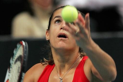 Amelie  Mauresmo s'est qualifiée pour sa première... (Photo: AP)