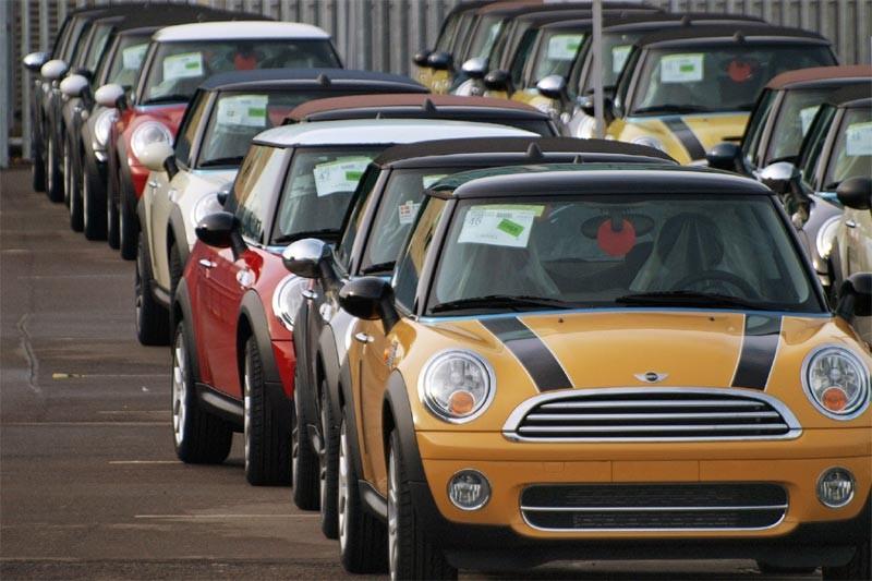 Le constructeur automobile allemand BMW a annoncé jeudi que la France... (AFP)