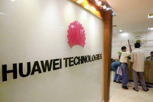 Huawei a dévoilé son téléphone équipé du système d'exploitation... (Photo: AFP)