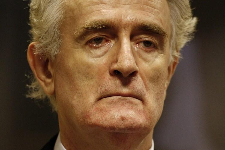 L'ancien chef des Serbes de Bosnie, Radovan Karadzic... (Photo: AP)