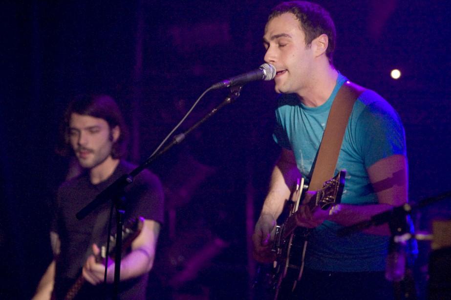Le chanteur de Malajube, Julien Mineau. Avec la... (Photo: André Pichette, La Presse)