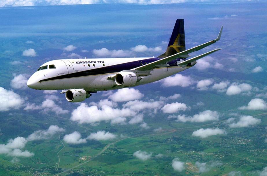 L'avionneur brésilien Embraer a annoncé jeudi dans un communiqué «une réduction...