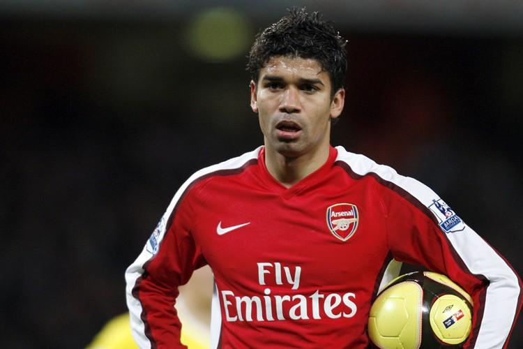 L'attaquant d'Arsenal Eduardo, revenu lundi au premier plan avec... (Photo: AFP)
