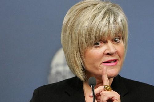 La ministre albertaine des Finances, Iris Evans.... (Photo: PC)