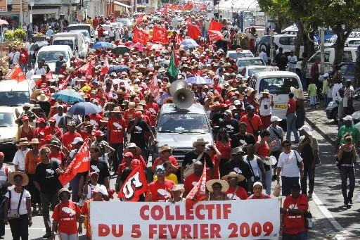 Nouvelle manifestation hier à Fort-de-France.... (Photo: AFP)
