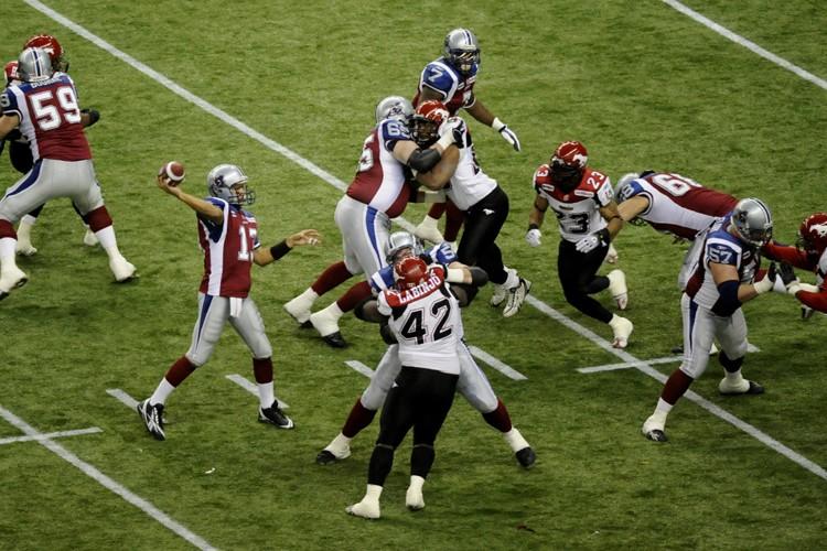 Même si la NFL, la LNH, le baseball... (Photo: Bernard Brault, La Presse)