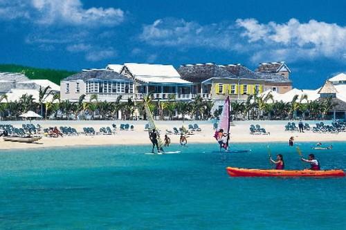 L'hôtel de luxe Grand Lido Braco, en Jamaïque.... (Photo fournie par SuperClubs Resort)
