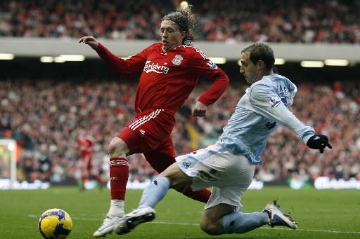 Le match entre le Liverpool et le Manchester... (Photo: AFP)