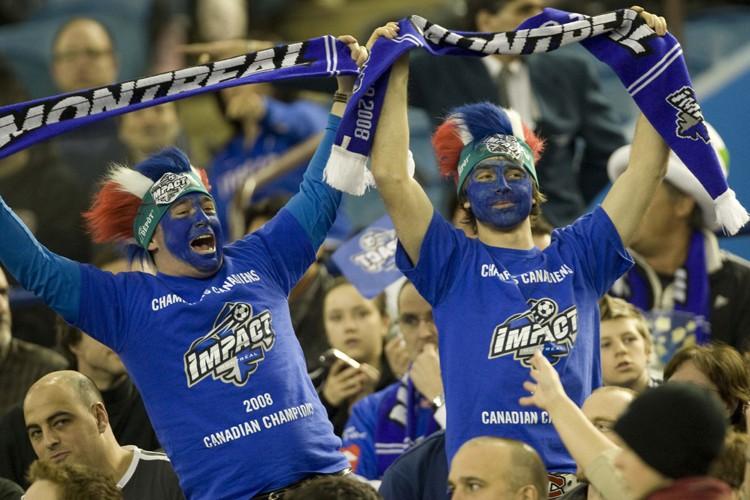 Il y avait beaucoup d'atmosphère dans le Stade... (Photo: André Pichette, La Presse)