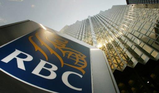 Trois des plus grandes banques canadiennes vont accorder un... (Photo: Bloomberg)