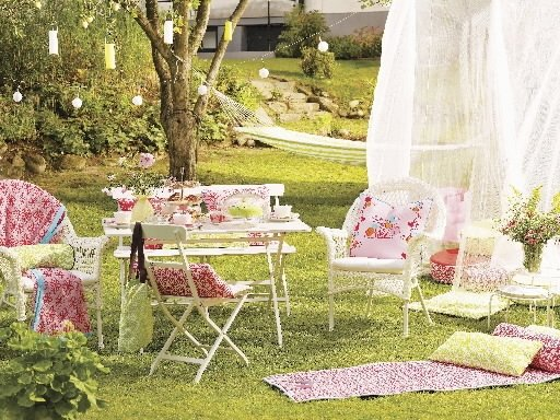meubles de jardin tendances 2009 cyberpresse. Black Bedroom Furniture Sets. Home Design Ideas