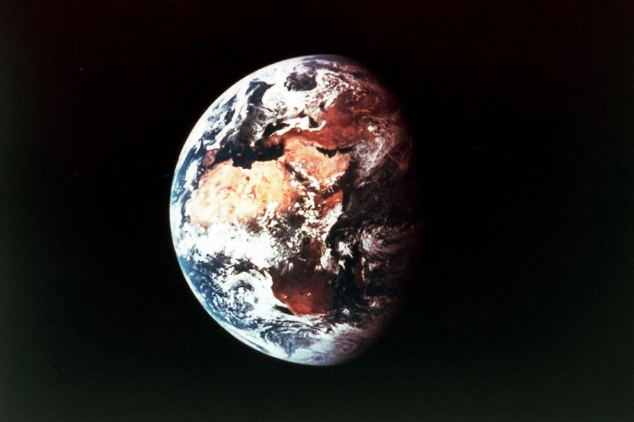 Vue de l'espace, la Terre a l'apparence d'une... (Archives AFP)