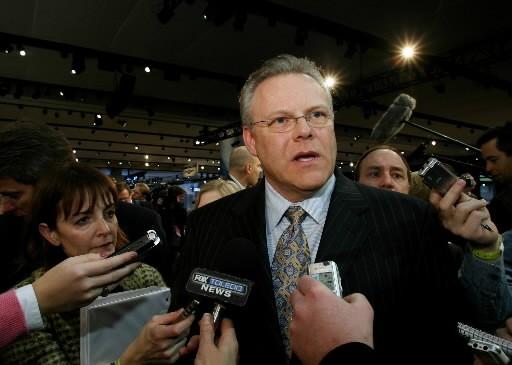Tom Lasorda, PDG de Chrysler... (AP)