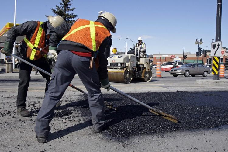 L'état des rues montréalaises est jugé négativement par... (Photo: Robert Mailloux, La Presse)