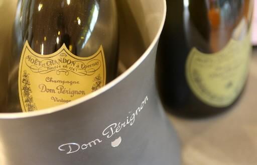Les ventes de champagne ont chuté de 7,8% en... (Photo: Agence France-Presse)