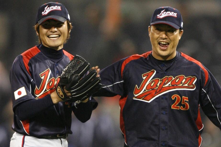 Toshiya Sugiuchi et Shuichi Murata... (Photo: AP)