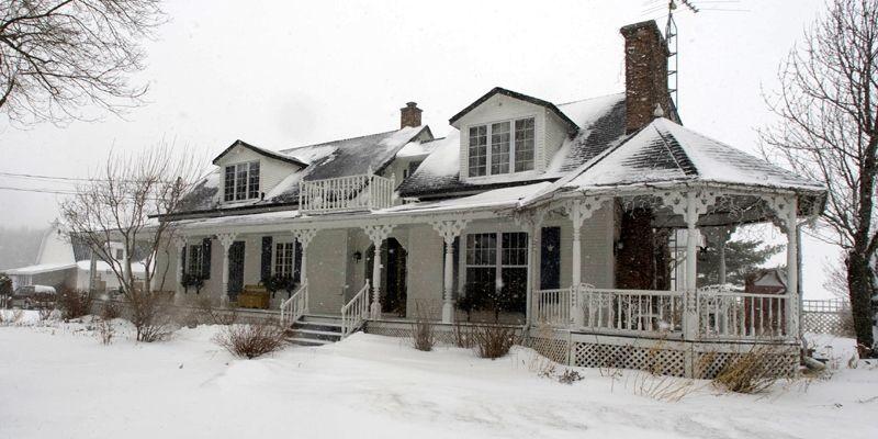Cette maison centenaire a été soigneusement rénovée afin... (Photo André Tremblay, La Presse)